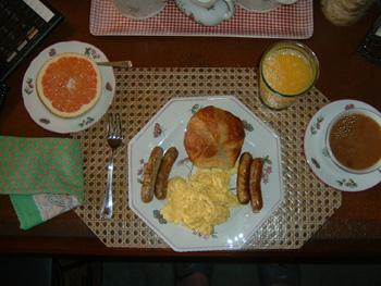 Breakfast01.JPG